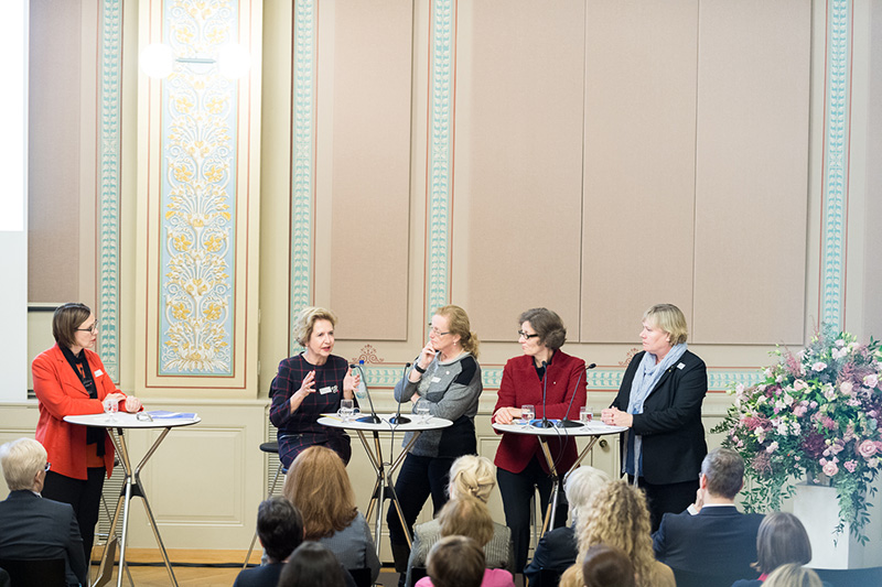 Gabriele Siegert, UZH, Vice President of Arts and Social Sciences; Andrea Schenker-Wicki, President of the University of  Basel; Eva Åkesson, University of Uppsala, Vice-Chancellor at University Management and Management Council; Sarah Springman, Rector of ETHZ; Eva Wiberg, Deputy Vice-Chancelor of Lund University